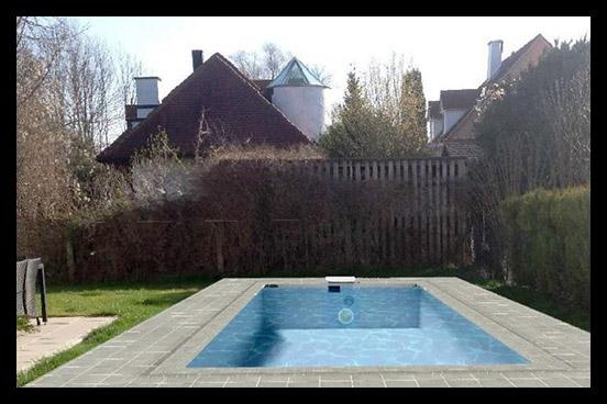 Virtuelles Poolbild in Ihrem Garten